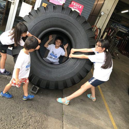 1.5m 大きいタイヤ インスタグラム インスタ映え タイヤ 重機用 重機マニア OKタイヤ